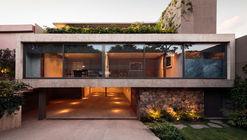 Caúcaso House / JJRR/ARQUITECTURA