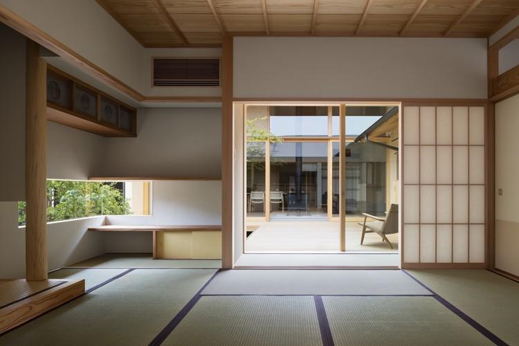 House of Holly Osmanthus / Takashi Okuno, © Shigeo Ogawa