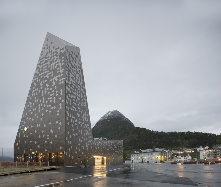Norwegian Mountaineering Center / Reiulf Ramstad Arkitekter, © Søren Harder Nielsen