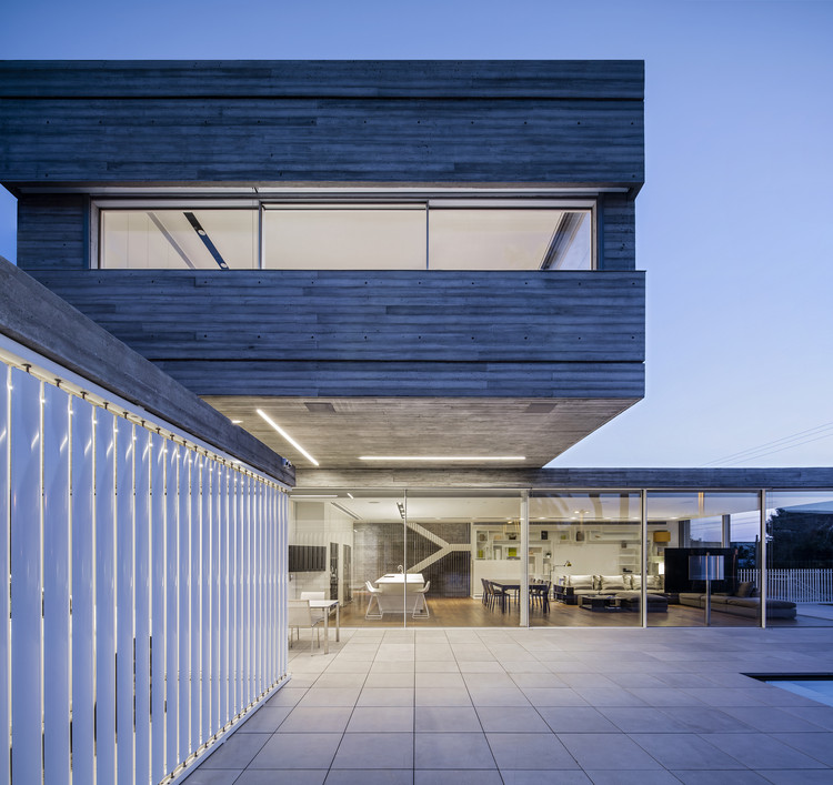 Dual House / Axelrod Architects + Pitsou Kedem Architects, © Amit Geron