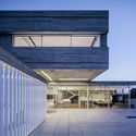 Dual House / Axelrod Architects + Pitsou Kedem Architects
