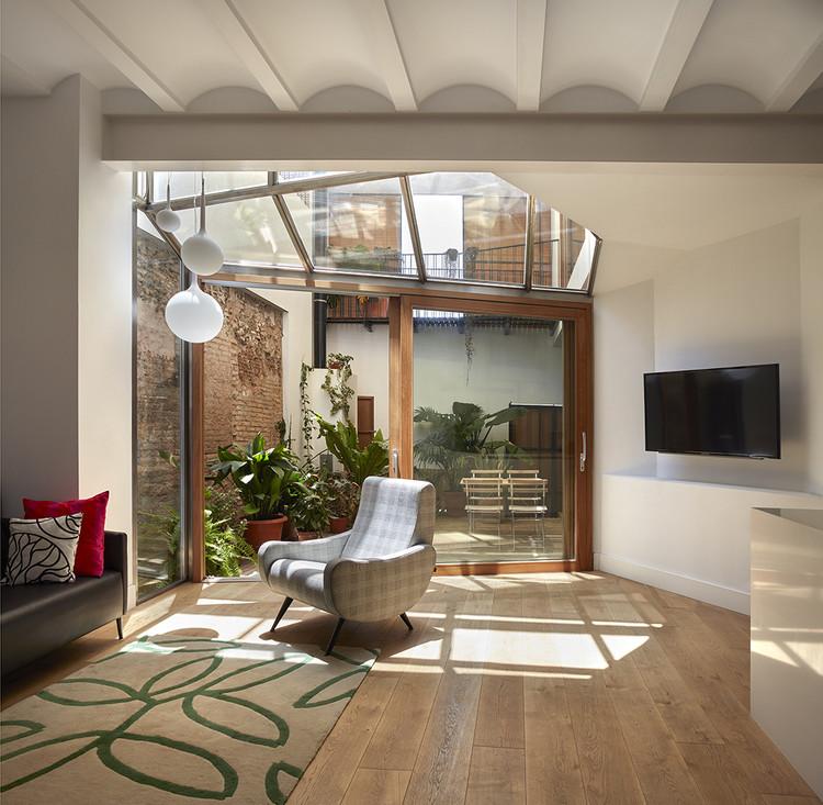 Casa Flora / Carmel Gradolí & Arturo Sanz  Architects, © Mariela Apollonio