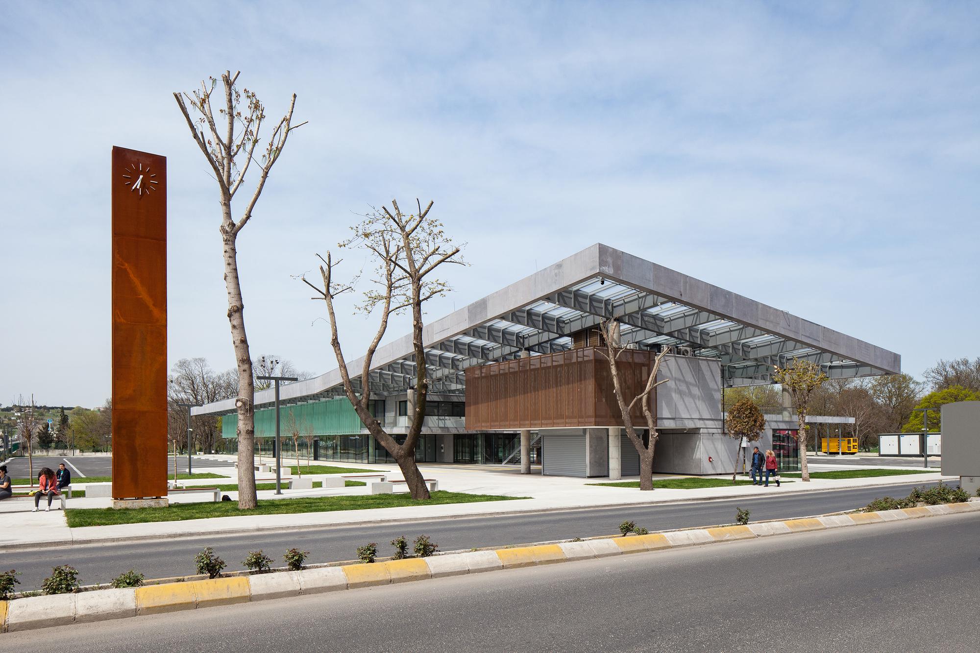 L 252 Leburgaz Bus Station Collective Architects Amp Rasa