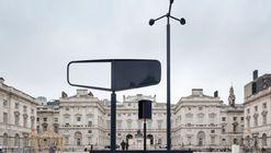 La instalación de Barber y Osgerby para la Bienal de Diseño de Londres se apropia de viento