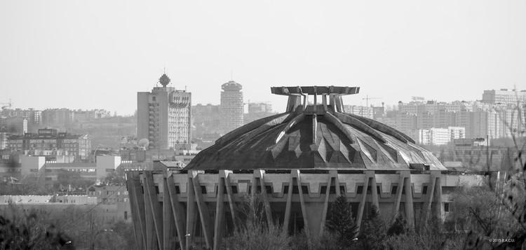 Chisinau State Circus, Chisinau, Moldova. Built 1977-81. Architects: Ala Kiricenko, Simion Shoihet, Anatol Colotovkin. Photo by Dumitru Rusu. Image © BACU