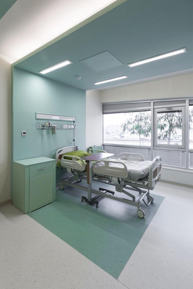 Pars Hospital,© Parham Taghioff