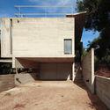 Casa Roland / Luciano Kruk + María Victoria Besonias