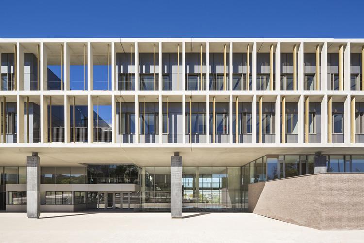 Escuela Secundaria en Noisy-le-Grand  / Ateliers 2/3/4/, © Luc Boegly