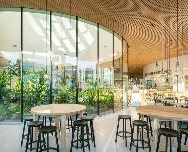 Centro de reunión y visitantes Fazer / K2S Architects , © Mika Huisman