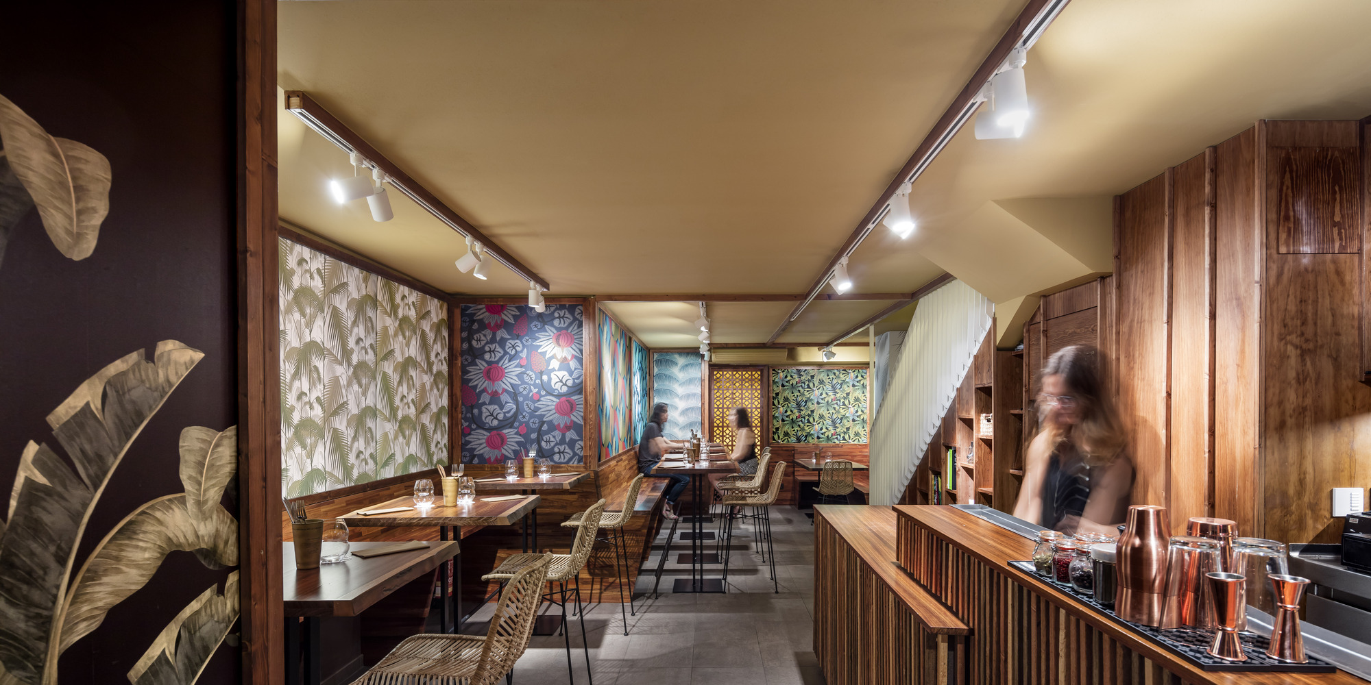 Restaurante fogo el equipo creativo plataforma for Equipos restaurante
