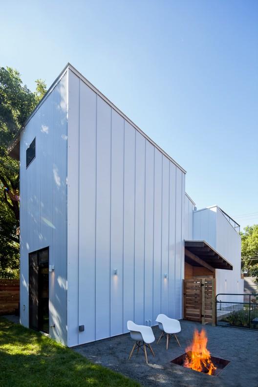 Casa de la Salud Haskell / Weaver Buildings, © Atelier Wong