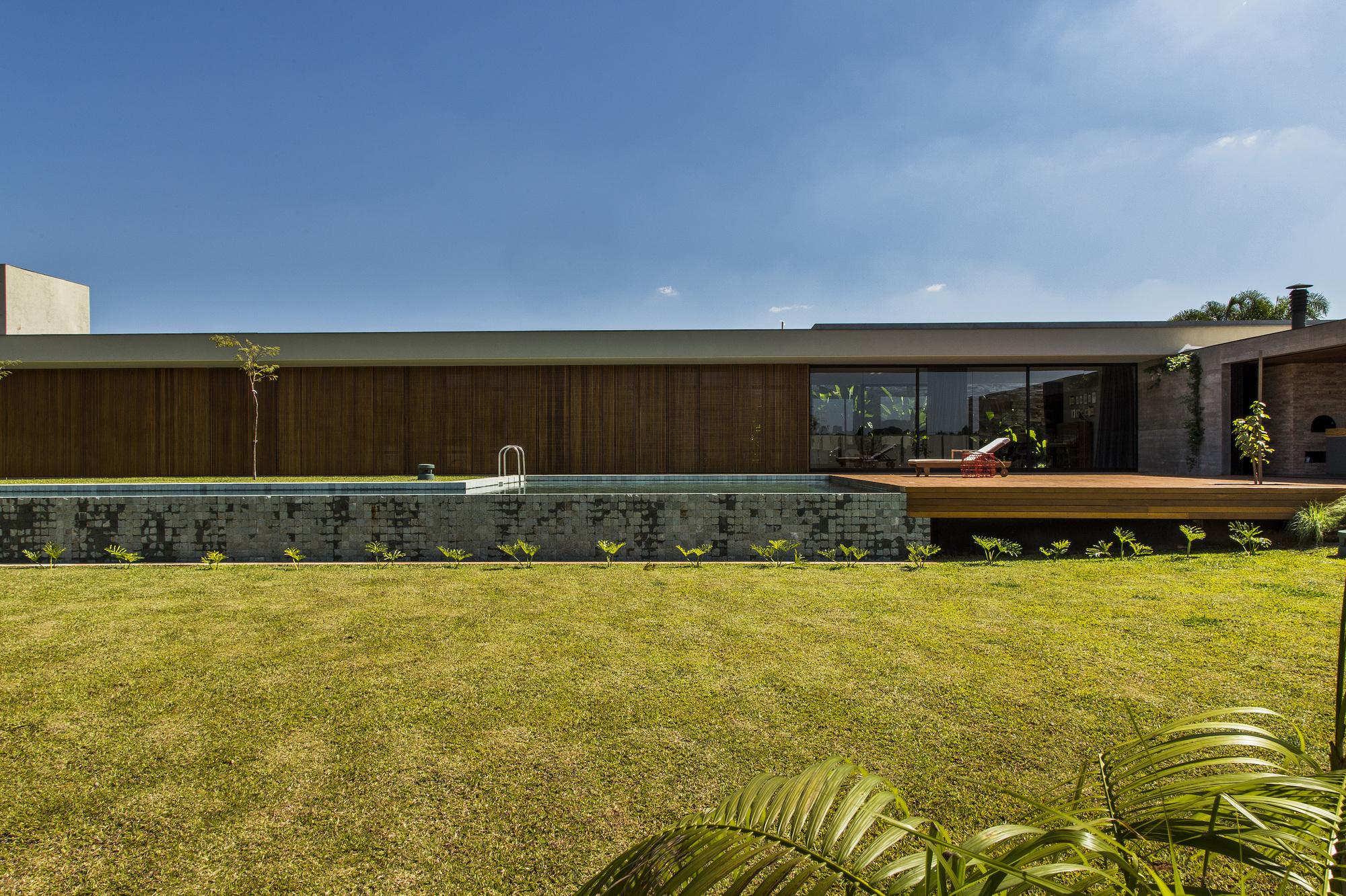 Galeria de casa mcny mf arquitetos 7 - Maison brooklin sao paulo galeria arquitetos ...