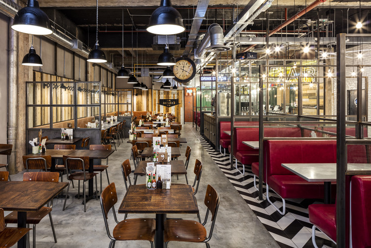 Handmade Burger Co / Brown Studio . Image Cortesía de The Restaurant & Bar Design Awards