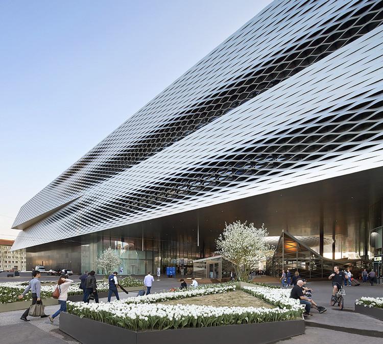Messe Basel - New Hall, 2013, Basel. Architects: Herzog & de Meuron. Image © Hufton + Crow