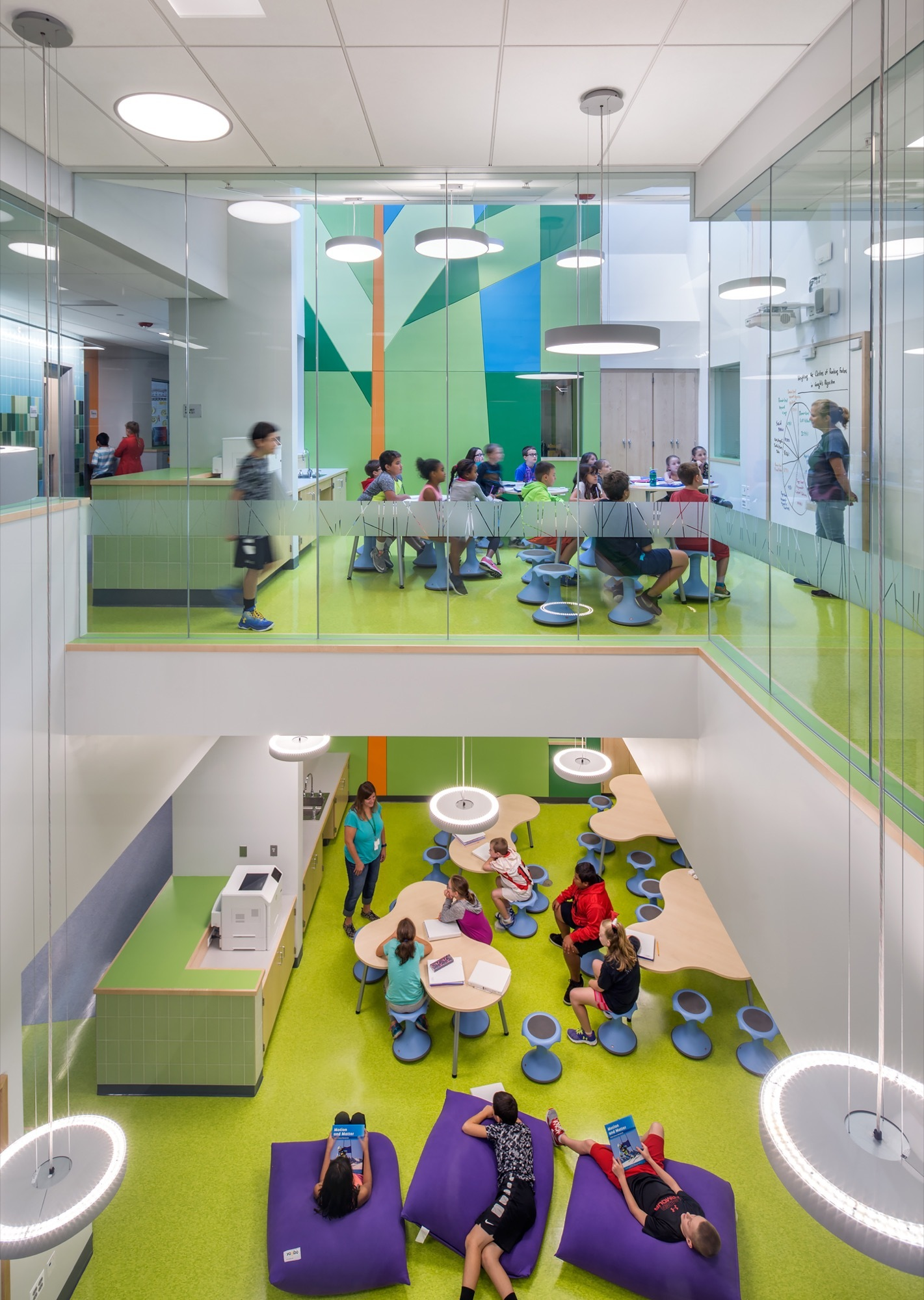 Woodland elementary school hmfh architects archdaily for Architecture interior design schools