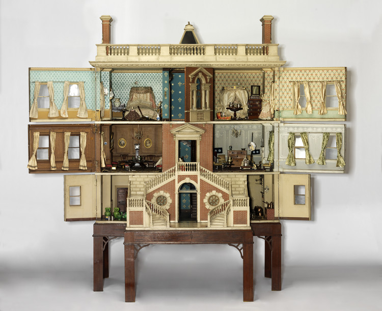 12 Dollhouses That Trace 300 Years of British Domesticity, © Victoria and Albert Museum, London