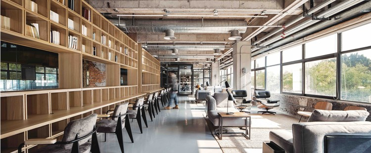flahalo office renovation / atelier li | archdaily