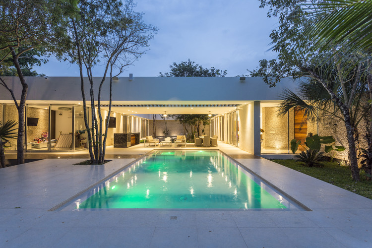 Casa Entre Árboles / AS Arquitectura, © David Cervera