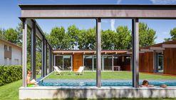 An Open-Air House / Arnau Estudi d'Arquitectura