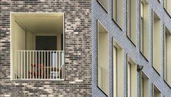 Terrace 9 / AZC