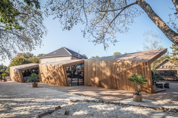 Restaurante Boos Beach Club / Metaform architects, © Steve Troes