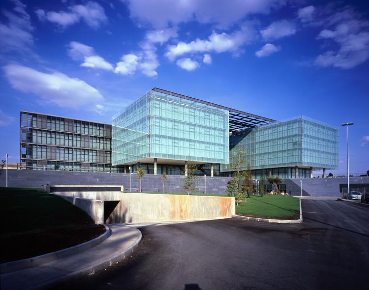 Oficinas Centrales de Airbus España  / Pablo Notari Oviedo + SUMAR urbanismo  + arquitectura - CONURMA Ingenieros Consultores, © Eduardo Sánchez