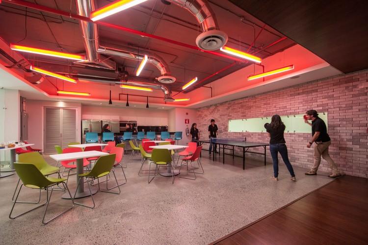 Oficinas Publimark  / Lacayo Arquitectos , © Julián Trejos Zelaya
