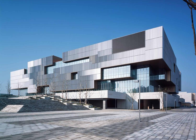 Snd cultural sports centre tianhua architecture for Arch design architects limited