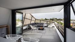 St Kilda East Townhouses / Jost Architects