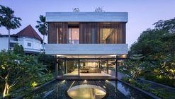 Secret Garden House  / Wallflower Architecture + Design