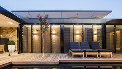 Casa Bundaroo / Tziallas Omeara Architecture Studio