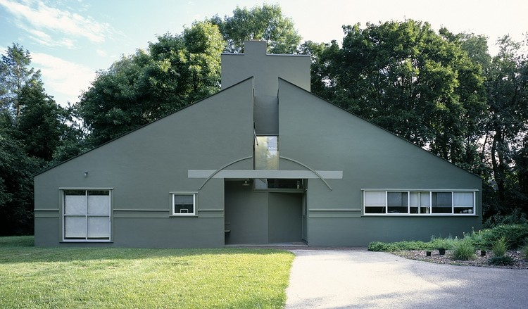 Vanna Venturi House by Robert Venturi featuring playful and non-structural ornamentation. Image via 99 Percent Invisible