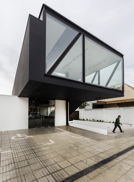 Rey Vitacura  / CARREÑO SARTORI arquitectos, © Marcos Mendizábal /