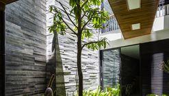 Garden House / Ho Khue Architects