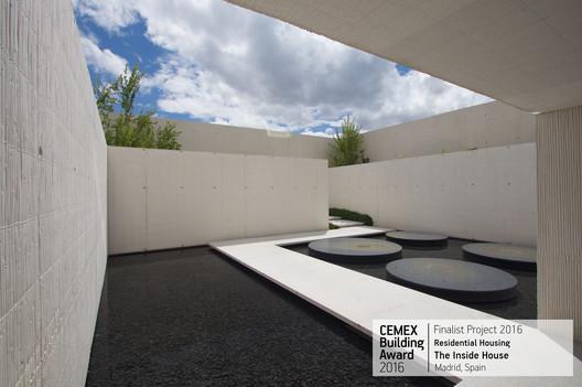 The Inside House / Ignacio Vicens y Hualde, José Antonio Ramos Abengózar. Madrid, Spain. Image © Ricardo Santonja
