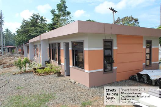 Deca Homes Resort and Residences / 8990 Housing Development Corporation. Davao, Philipines. Image  Cortesía de CEMEX Building Award