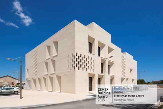 Frontignan Media Centre / Tautem Architecture. Frontignan, France. Image © Luc Boegly