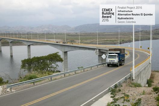 Alternative Routes El Quimbo Hydroelectric / Consorcio Obras Quimbo (CSS Constructores S.A., CASS Constructores &CIA S.C.A., Sonacol S.A.S.). Garzón, Colombia. Image  Cortesía de CEMEX Building Award
