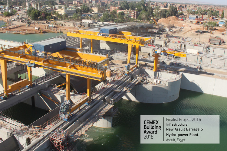 New Assiut Barrage & Hydro-power Plant. Assiut, Egypt. Image  Cortesía de CEMEX Building Award