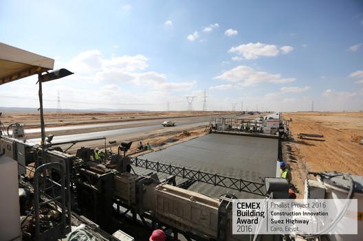 Suez Highway Cairo, Egypt. Image Cortesía de CEMEX Building Award
