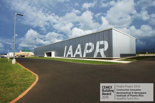 Aeronautical & Aerospace Institute of Puerto Rico / Toro Arquitectos. Aguadilla, Puerto Rico. Image © Paola Quevedo