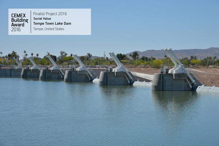 Tempe Town Lake Dam / Architekton. Tempe, USA. Image © CEMEX