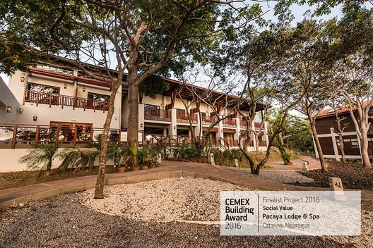 Pacaya Lodge & Spa / Arq. Andrés Rubio, Arq. Kevin Cantley, Cooper Carry. Catarina, Nicaragua. Image  Cortesía de CEMEX Building Award