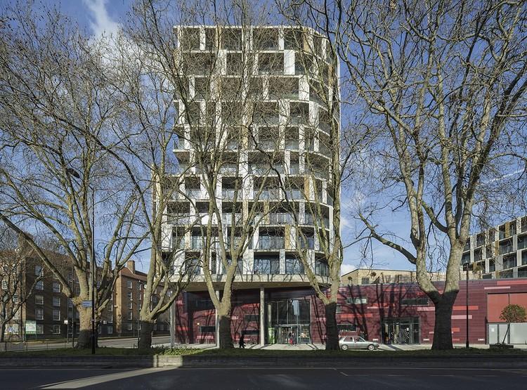 Pembury Circus, Fraser Brown MacKenna Architects. Vía FBM Architects