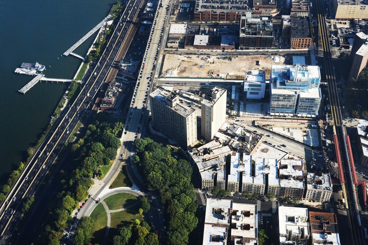 Aerial view of Manhattanville campus. Image © Columbia University / Eileen Barrosso