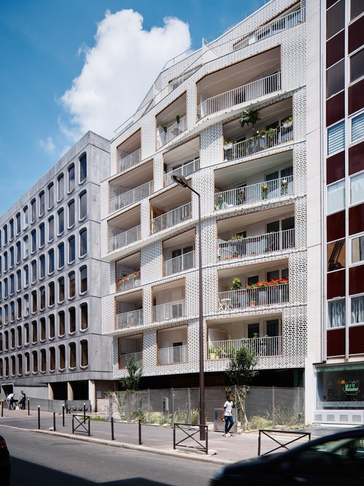 Berges 28 social dwellings odile guzy architectes for Architecture parisienne
