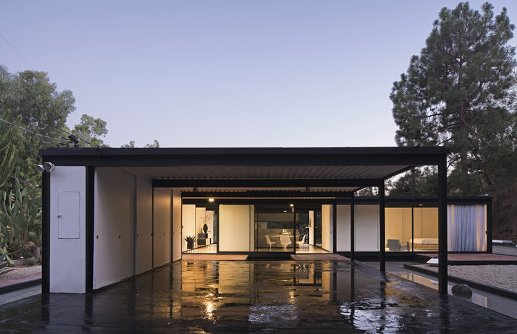 Pierre Koenig's Historic Case Study House #21 Could Be Yours... for the Right Price, © Grant Mudford