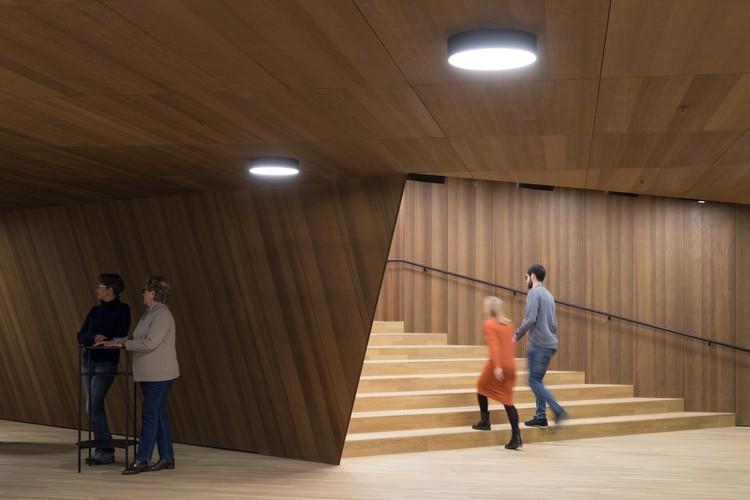 Foyer Kleiner Saal. Image © Iwan Baan