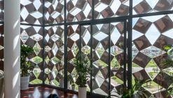 Casa de respiração adequada / H&P Architects