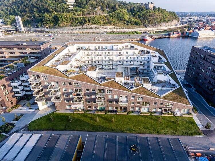 Sørenga Block 6 / MAD arkitekter, © Tomasz Majewski